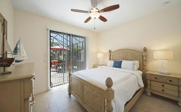 Gästezimmer mit Pool in Cape Coral