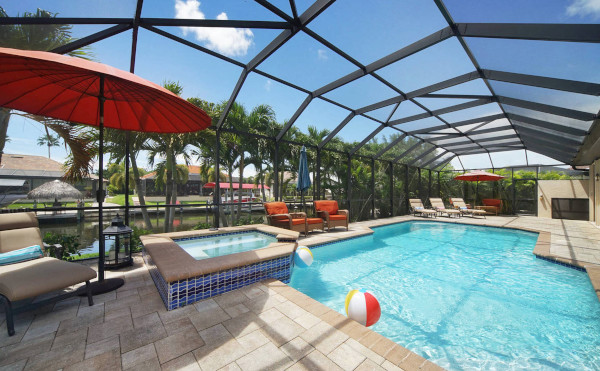Cape Coral: Ferienhaus mit Pool