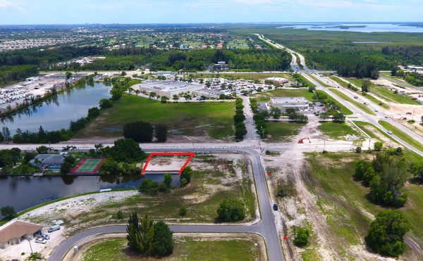 Lot am Ceitus Parkway, Cape Coral, Florida
