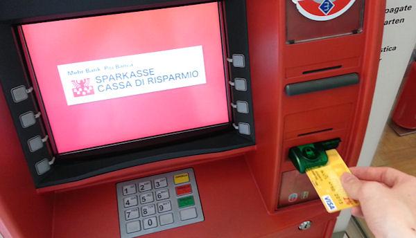 ADAC Karte bei der Sparkasse in Bozen