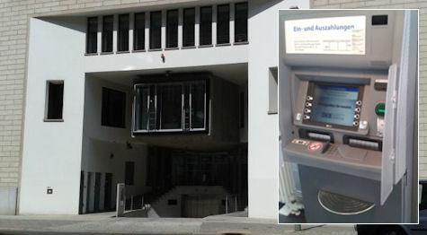 Einzahlungsautomat der DKB in der Berliner Taubenstr. 44