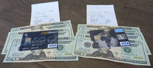 Comdirect und DKB Visa Card heben jeweils 60 USD ab.