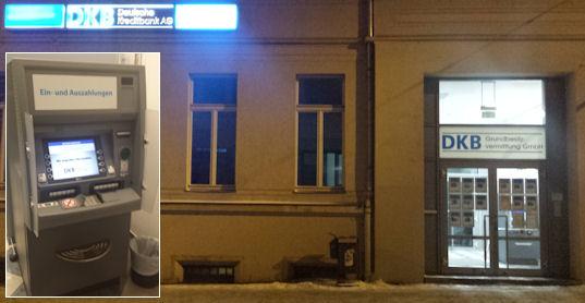 DKB Filiale Halle mit Geldautomat