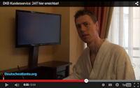 Morgens im Bademantel im Hotel für Sie vor der Kamera!