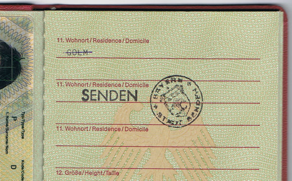 German passport does not address