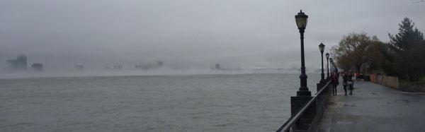 New Jersey im Nebel von Manhattan aus