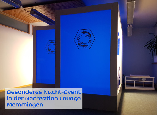 Recreation Lounge bei Nacht